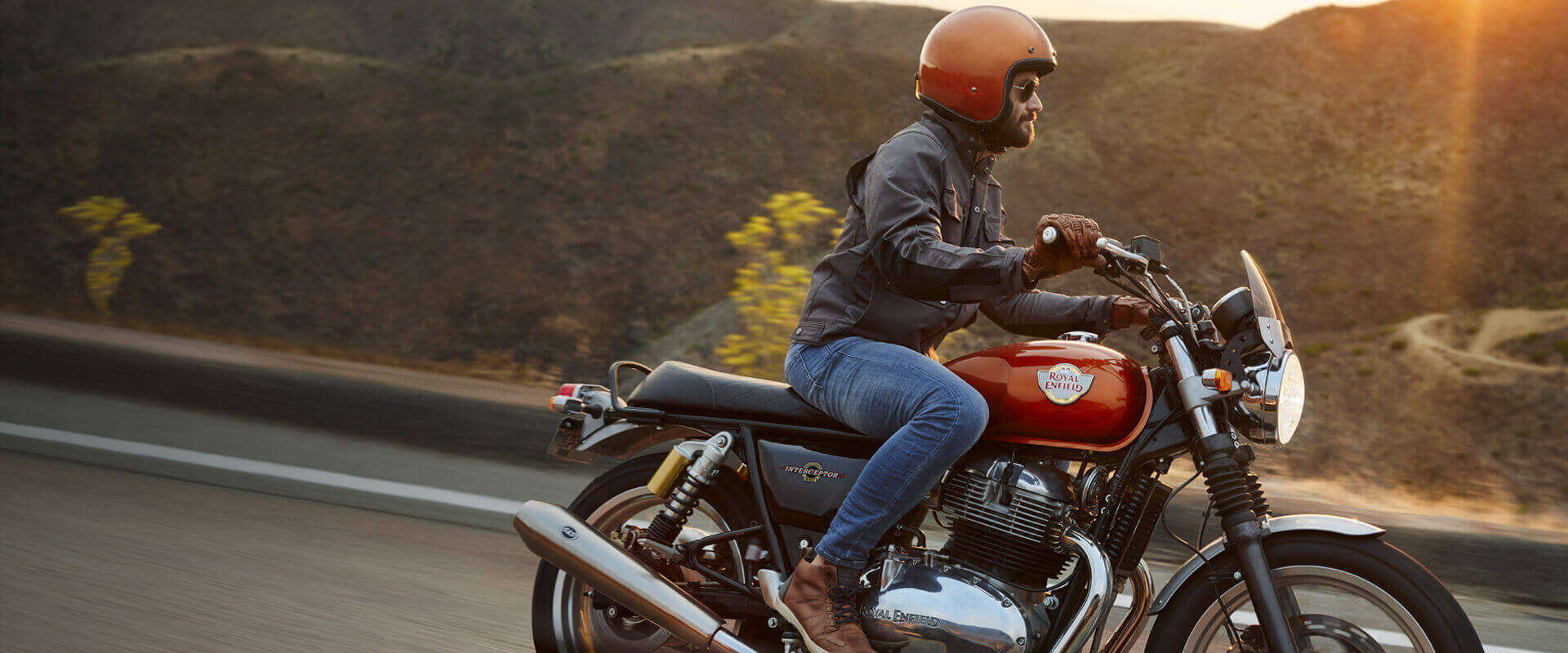 Interceptor 650 Colours Specifications Reviews Gallery Royal Enfield